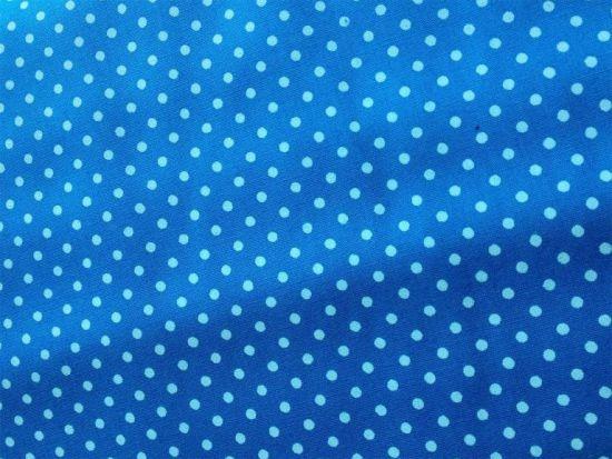 Baumwolle kleine Punkte Dots hellblau auf blau
